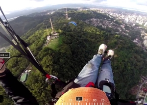 Video thumbnail for youtube video Paragliding in São Vicente/SP - Brazil - DashWare